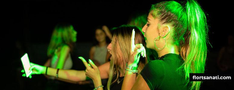 Gece Kulübünde Bir Kızı Nasıl Etkilerim?